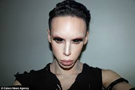 Makeup Artist In Los Angeles Ca Man Spends 50 000 To Transform Into A U0027genderless U0027 Alien Daily