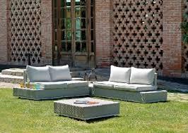 divanetti in vimini da esterno divani in rattan da giardino salotti rattan mobili esterno rattan