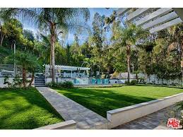 10000 Sq Ft House Manny Pacquiao Closes In On Gorgeous Beverly Hills Mansion For