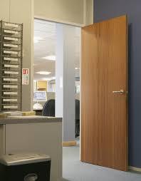 Howdens Flooring Laminate Sapele Veneer Door Internal Flush Doors Doors U0026 Joinery