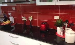 kitchen splasback white undermount sink white dishwasher round