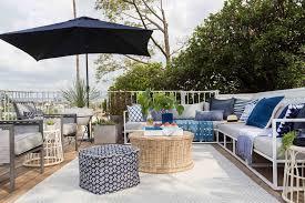 terrazze arredate foto foto terrazza di casa arredata in bianco e azzurro di valeria
