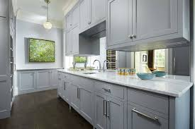 mirrored backsplash in kitchen mirrored kitchen backsplash best 25 mirror splashback ideas only