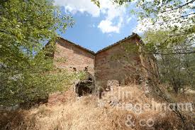 country house for sale in italy tuscany siena asciano tuscan