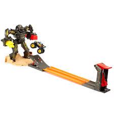 maximum destruction monster truck videos wheels monster jam maximum destruction battle playset toys r us
