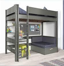 kinderzimmer mit hochbett komplett installation hochbett mit rutsche und schreibtisch komplett mit sofa