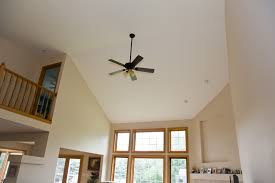 ceiling fan size for large room ceiling fan in vaulted livingroom home remodeling smart