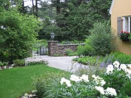 simple gate landscape traditional with entry gate contemporary