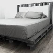 Making A Platform Bed From Pallets by Diy Platform Bed Ideas Carriage Bolt Pallets And Bedrooms