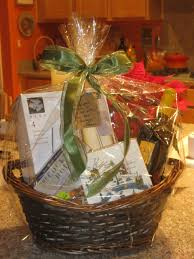 how to make a gift basket how to make a gift basket smart solutions for busy