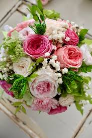 wedding bouquet garden pink