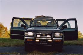 nissan pathfinder xe 1995 1997 nissan pathfinder information and photos zombiedrive