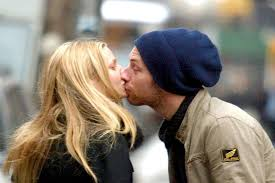 chris martin and gwyneth paltrow wedding chris martin ultimate pisces throws ex gwyneth a birthday party