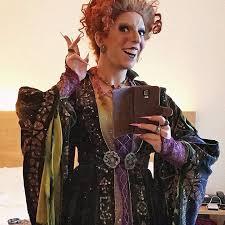 Halloween Costumes Hocus Pocus Diy Hocus Pocus Winifred Sanderson Halloween Costume Popsugar