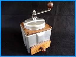 peugeot cuisine moulin a café peugeot frères vintage bois et métal cuisine dans la