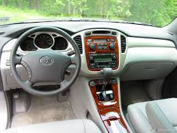nissan pathfinder vs toyota highlander 100 ideas toyota highlander inside on www hoamaitourist us