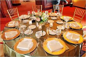wedding dinner plates wedding reception table decor gold charger plates and tablecloth