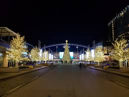 dallas cowboys christmas lights dallas moms and dads parenting and lifestyle blog on feedspot