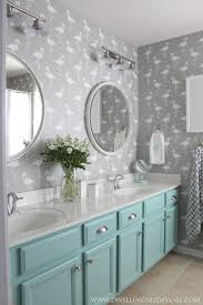 Bathroom Paint Ideas Pinterest by Best 25 Kid Bathrooms Ideas On Pinterest Baby Bathroom Canvas