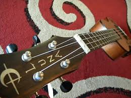 luna concert ukulele mo lizard tattoo uke with preamp reverb
