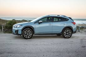 subaru xv blue subaru xv 2 0i s es 2017 review cars co za