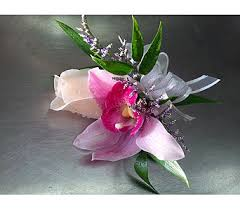 Prom Corsages Prom Corsages U0026 Boutonnieres Delivery Ottawa On Vivian Flowers