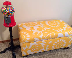 Skyline Storage Bench Skyline Furniture Walnut Hill Storage Bench In Gerber Sungold