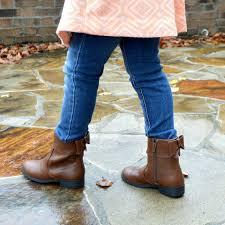 payless ca s boots 24 best payless shoes images on designer shoes shoe