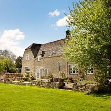 Modern House In Country Modern Oxfordshire Country House House Tour Ideal Home