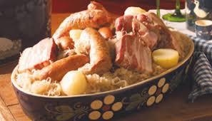 cuisiner choucroute cuite choucroute traditionnelle au four supermarchés match