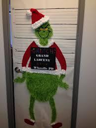 Classroom Door Christmas Decorations 40 Office Christmas Decorating Ideaschristmas Is Celebrated In The
