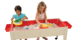 Water Table Toddler Choosing A Sand And Water Table Kaplan Early Learning Company