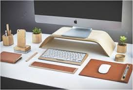 accesoires de bureau objets design accessoires bureau cuir bois apple ecran