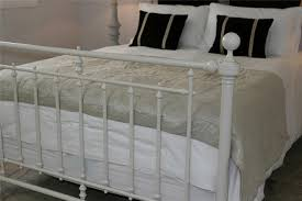 Metal Bed Frames Queen Fresh Iron Bed Frame Queen Size 8260