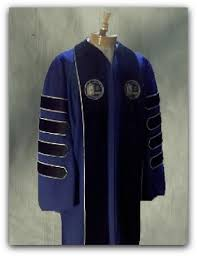 college cap and gown presidential and trustee robes cap gown