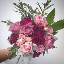 beautiful gifts beautiful flowers gifts and garden in bellerive tas florists