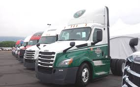 freightliner introduces next generation cascadia trucking news