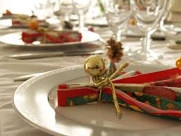 how to decorate table for christmas dinner christmas lights card
