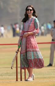 pretty dresses all the pretty dresses kate middleton has worn in india whowhatwear