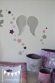 deco chambre parme décoration chambre bébé et linge de lit parme violet vif et