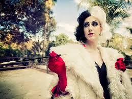 Cruella Vil Halloween Costume 25 Cruella Deville Images Cruella Deville