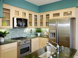 Kitchens With Laminate Flooring Cute Kitchen Remodeling Ideas On A Small Budget With New Painting