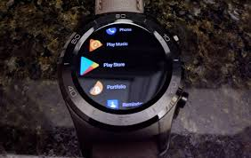 android wear android wear 2 8 app update improves readability battery