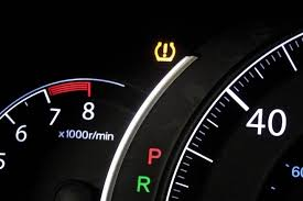 Blinking Tire Pressure Light What You Need To Know About Tire Pressure Monitoring Systems Edmunds