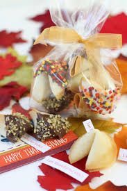 easy thanksgiving cookies easy cute thanksgiving fortune cookies pizzazzerie