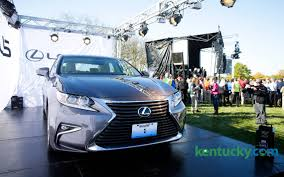 lexus owns toyota georgetown toyota plant debuts new lexus line with 3 000 employees