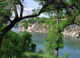 Texas lakes images Is lake travis clean houston canyon lake houses living jpg