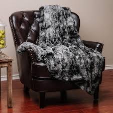 Faux Fur Blanket Queen Most Comfortable Throw Blanket In 2017 Best Cheap Throw Blankets