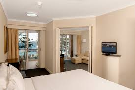 manly serviced apartments manly accommodation quest manly