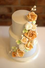 two day 2 tier floral wedding cake class